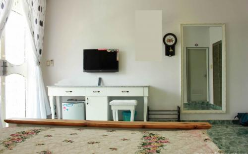 Expat room for rent 7