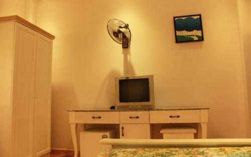 Expat room for rent 21